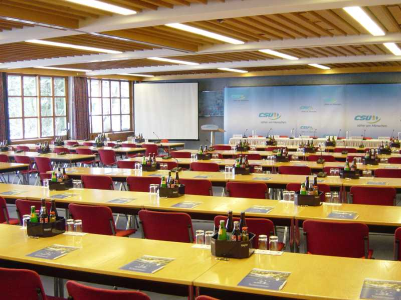 Konferenzzentrum im Yachthotel Chiemsee die Tagungslocation am Chiemsee in Prien Bayern