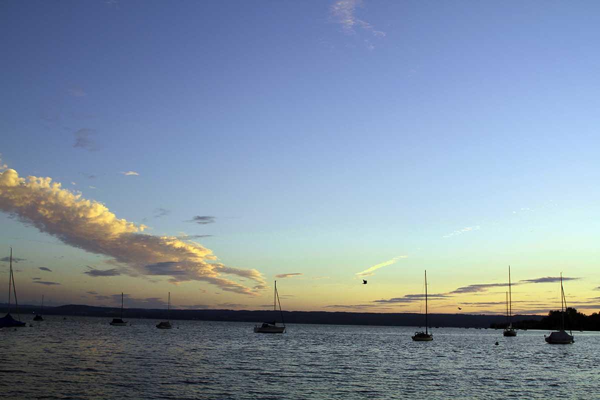 BLick auf den Ammersee bei Sonnenuntergang