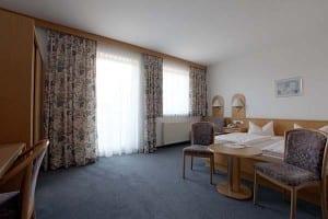 Hotelzimmer im Hotel Seeblick Bernried am Starnberger See, Fünfseenland, Bayern, Deutschland