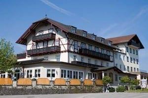 Hotel Seeblick Bernied, Starnberger See, Oberbayern, Deutschland Aussenansicht des Hauses