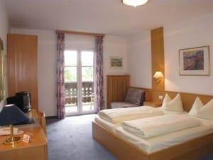 Hotelzimmer im Hotel Wittelsbacher Hof Fünfseenland Ammersee, Oberbayern Deutschland