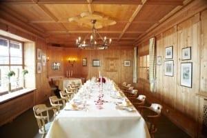 Hotel Schloss Berg, Starnberger See - Restaurant mit Blick auf den See