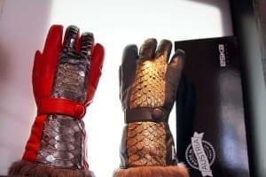 Modetrends - Handschuhe mit Metallic Look