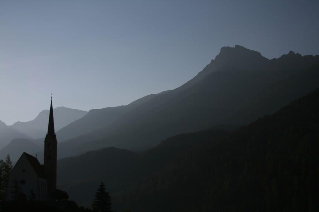Kirche von Scuol