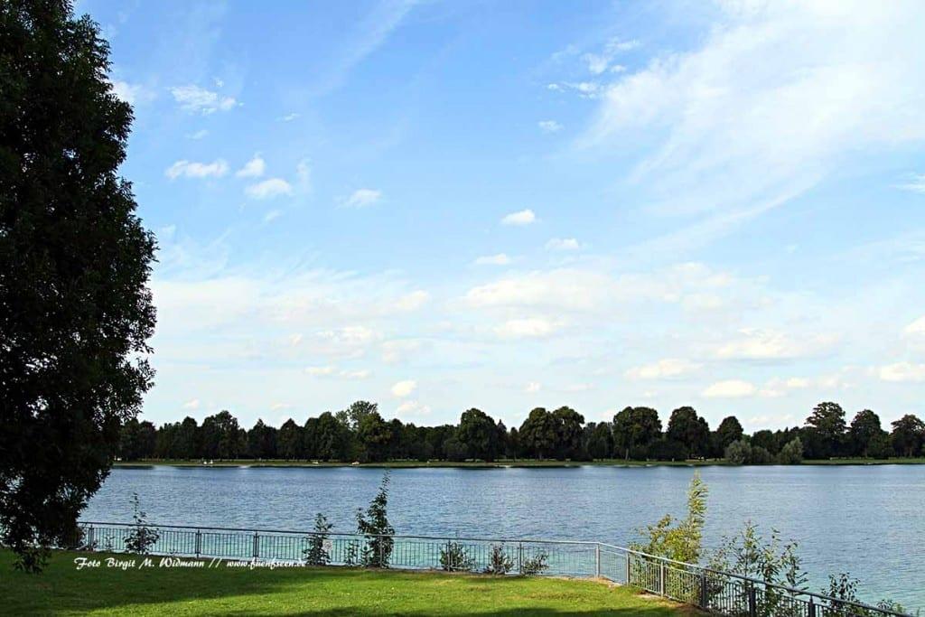 Der Lußsee in der Seenplatte München