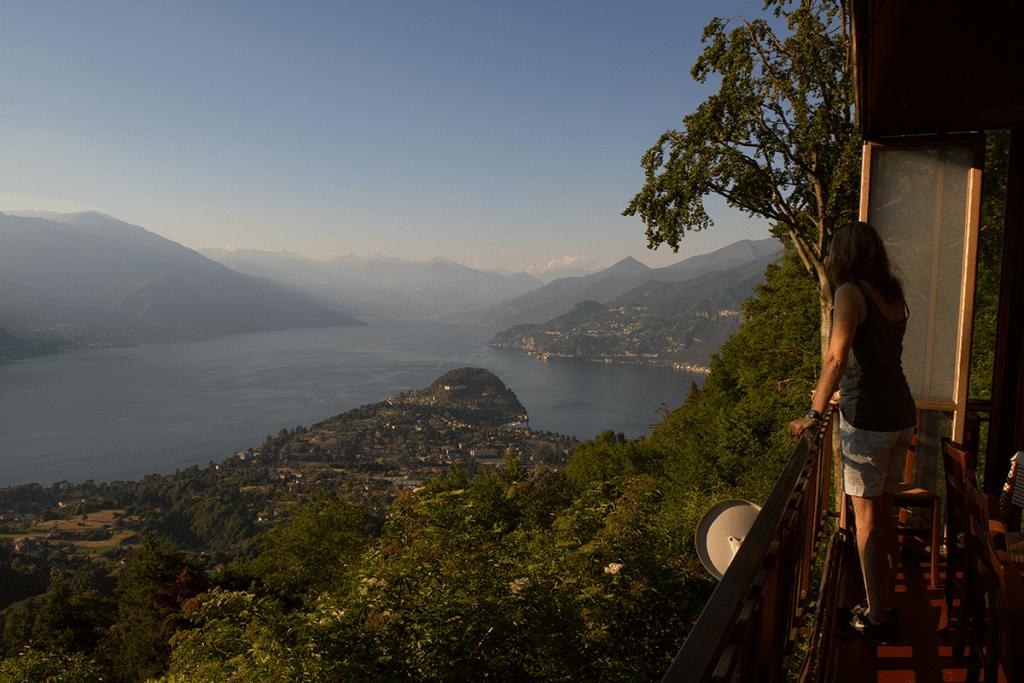 Blick von der Teerrasse der Trattoria Baita Belvedere