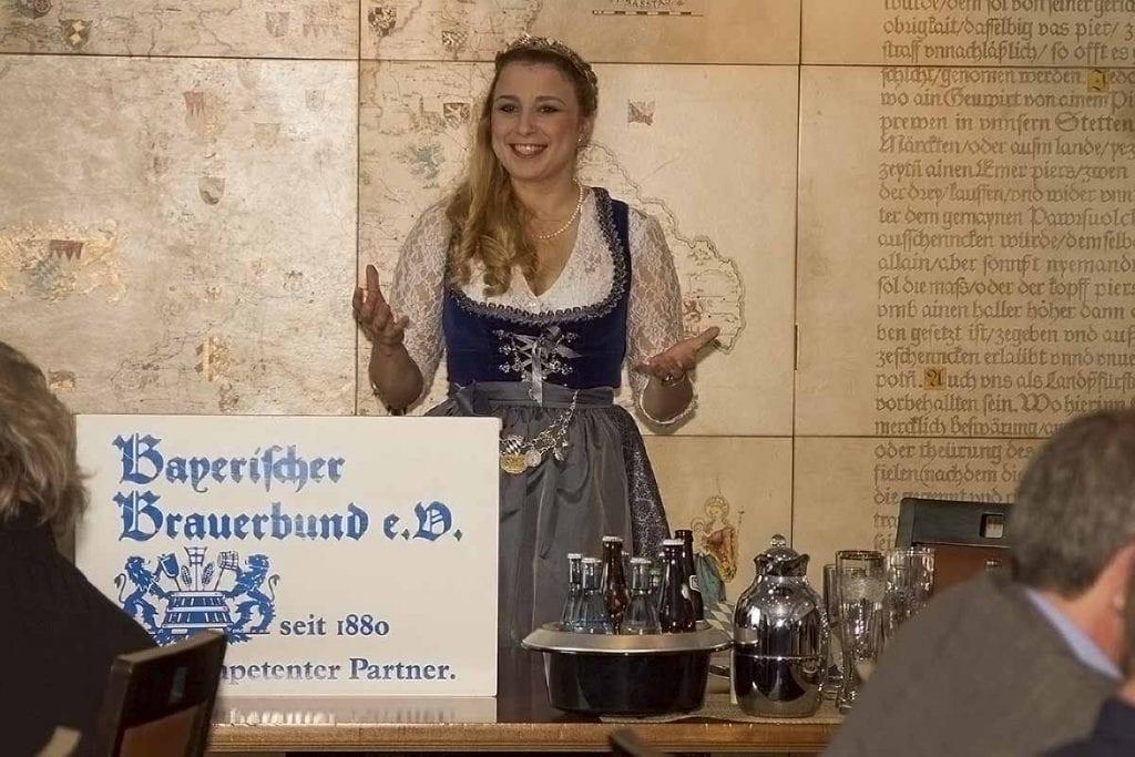 die bayerische Bierkönigin
