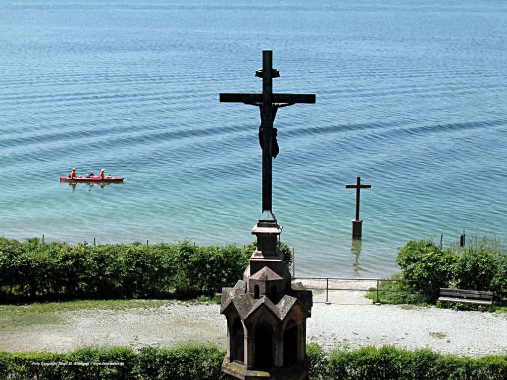 Kreuz im Wasser König Ludwig Starnberger See